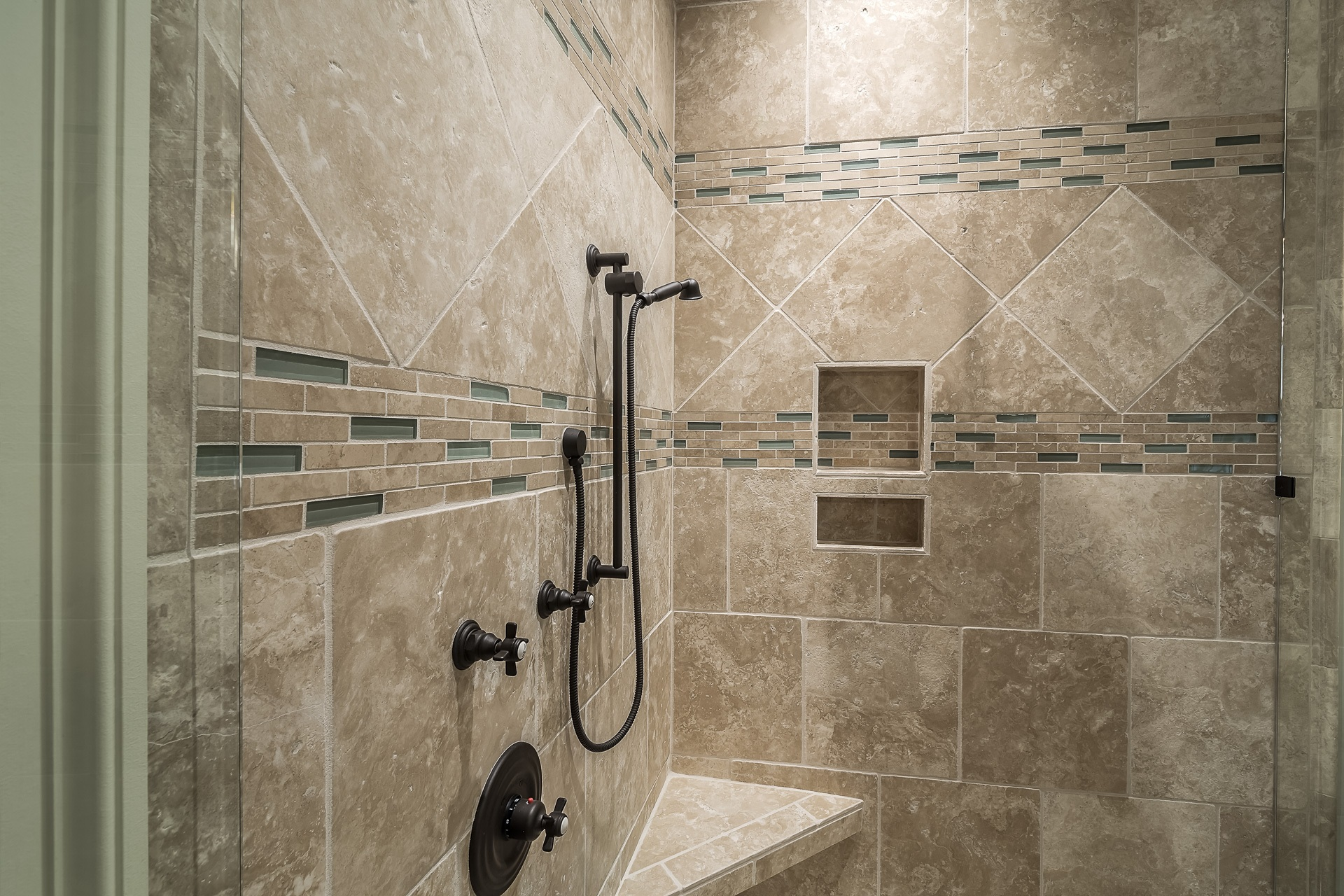 Tile Installer Salem Oregon